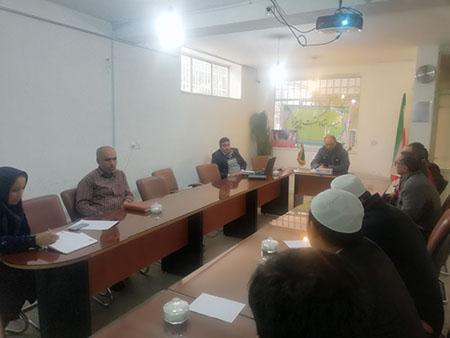 برگزاری جلسه توجیهی تهک از برنامه های عملیاتی تهک استان برای دانش آموزان